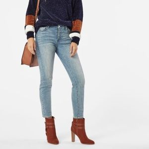 Denim - NWT High Waisted Skinny Jeans
